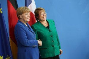 Con Angela Merkel, Canciller alemana Foto:Getty Images. Imagen Por: