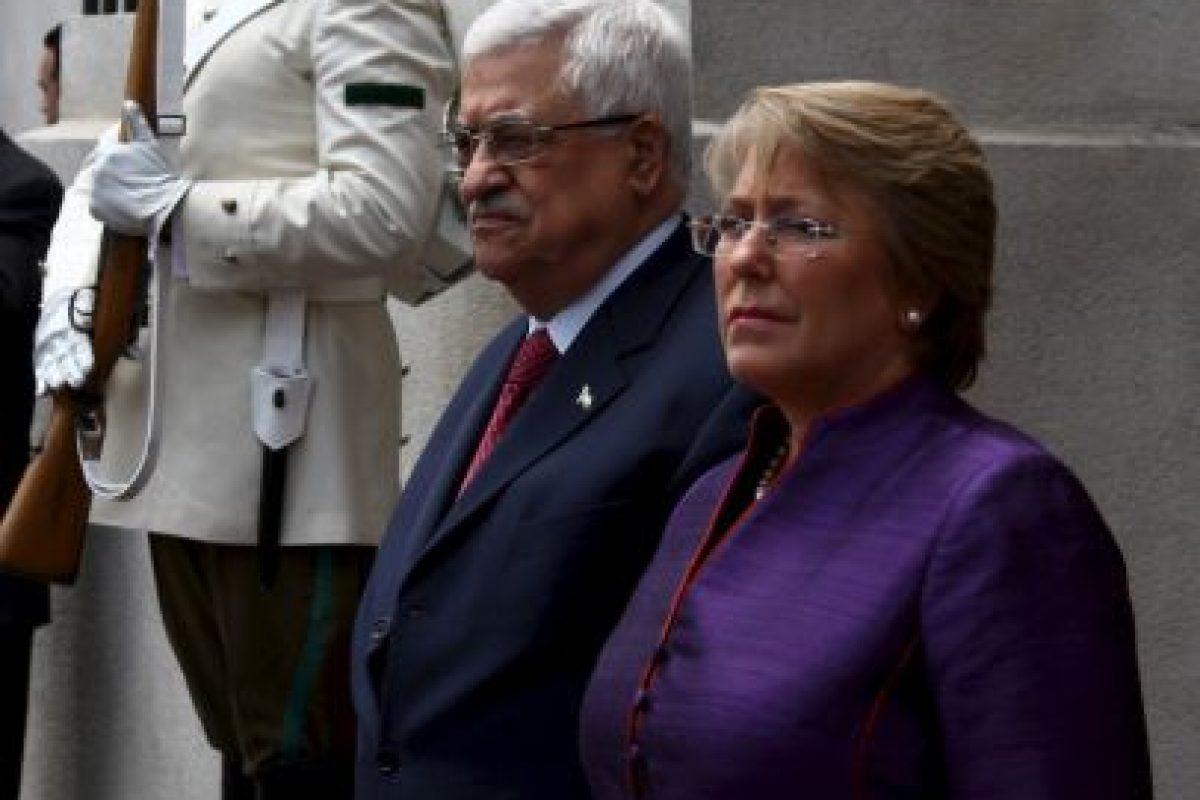 Con Mahmoud Abbas, de Palestina Foto:Getty Images. Imagen Por: