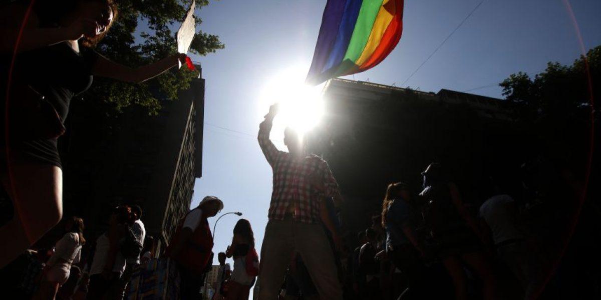 Sernac despide a funcionaria homófoba tras denuncia de pareja gay