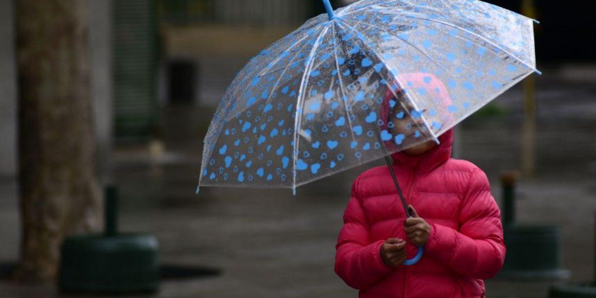Anuncian lluvias en la Región Metropolitana para este martes