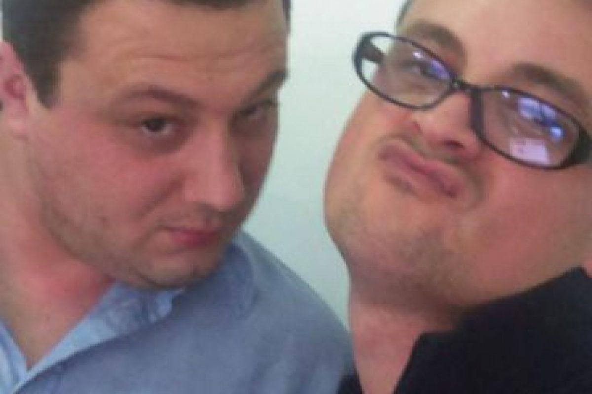 Selfie con el compañero del trabajo Foto:Tumblr.com/tagged-poses-mujeres. Imagen Por: