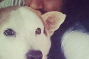 Selfie con la mascota Foto:Tumblr.com/tagged-poses-mujeres. Imagen Por: