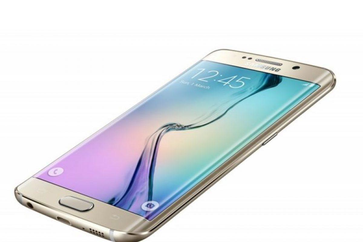 """El Samsung Galaxy S6 y su """"hermano"""" el Samsung Galaxy S6 Edge, ya se encuentran disponibles en modalidad pre-venta en los operadores móviles presentes en el país y retailers adheridos Foto:Gentileza. Imagen Por:"""