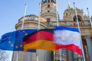 Francia, Alemania y España son algunos países europeos que guardaron luto Foto:AFP. Imagen Por: