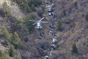 Mientras tanto, continúan las labores de recuperación de los 150 cuerpos Foto:AFP. Imagen Por: