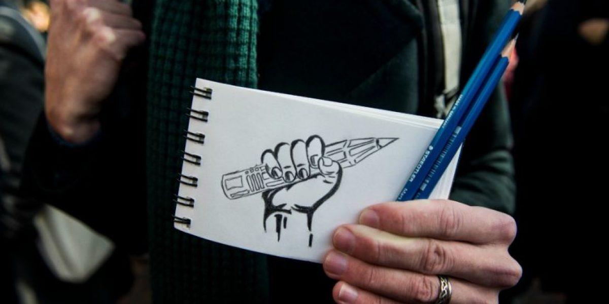Revista Charlie Hebdo recibirá premio al Valor en la Libertad de Expresión