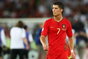 En el Mundial de 2006 y en 2007 este fue el uniforme de Portugal. Foto:Getty Images. Imagen Por: