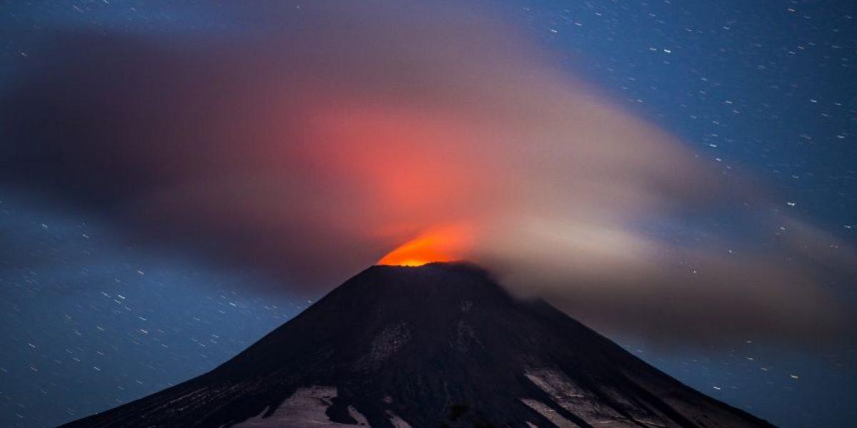Mantienen suspensión de clases en Pucón por actividad de volcán Villarrica