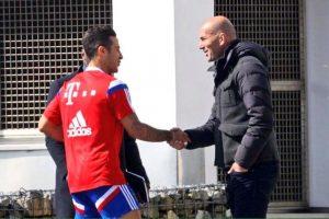 Acudió a Munich acompañado por otros entrenadores franceses. Foto:Twitter @RMadridHome. Imagen Por: