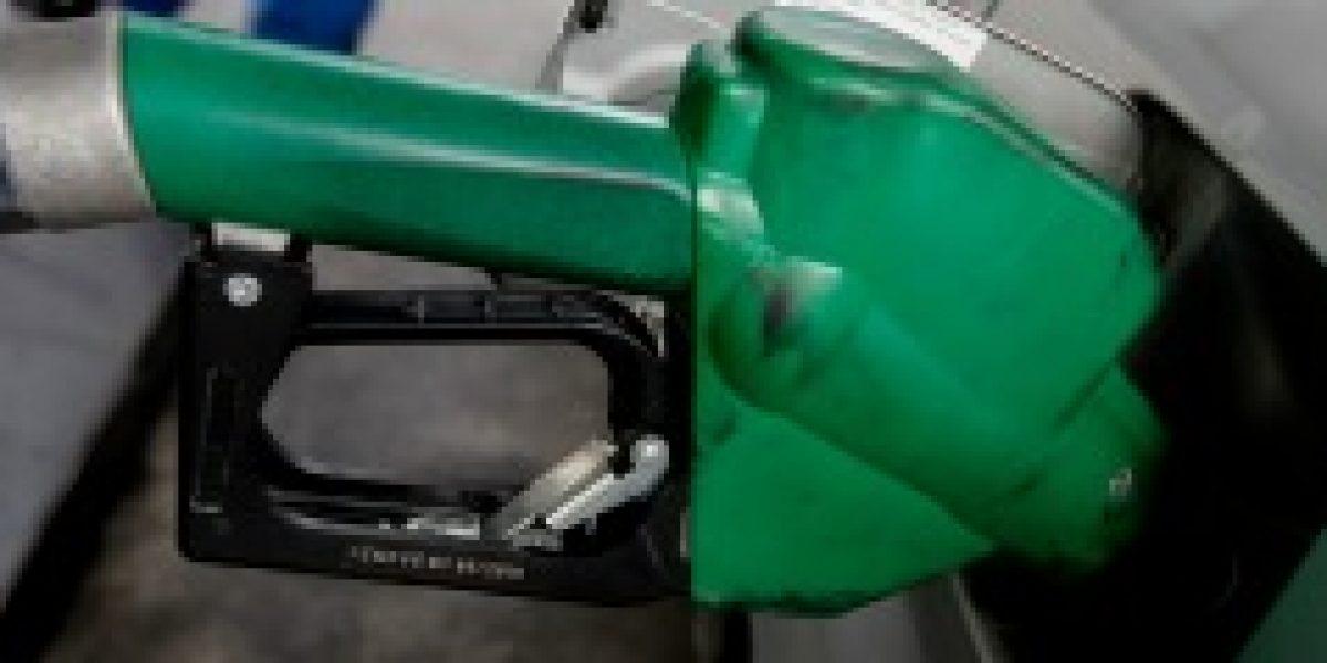Precio de las bencinas registra octava alza consecutiva este jueves