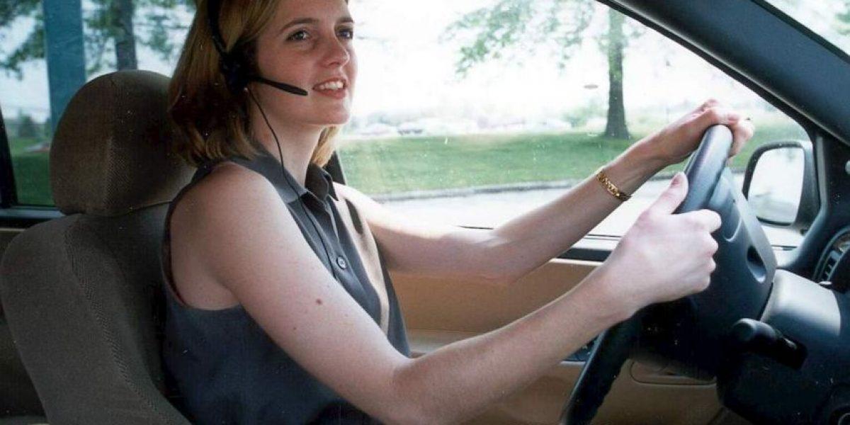 VIDEO: Estos son los peligros de hablar por celular mientras conducen
