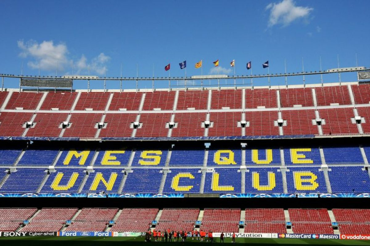En 1964 recibió la final de la Copa de la UEFA entre Valencia y Real Zaragoza. Foto:Getty Images. Imagen Por: