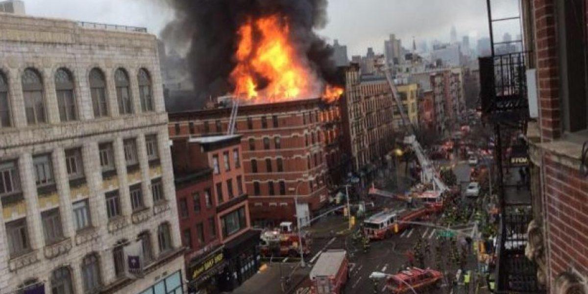 Poderosa explosión destruye parte de un edificio en Nueva York