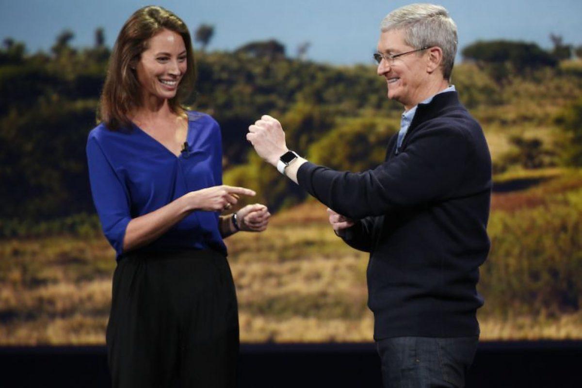 Así lucirá el Apple Watch en la muñeca. Foto:Getty Images. Imagen Por: