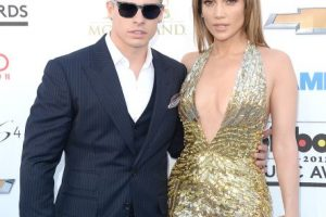 Jennifer López y Casper Smart Foto:Getty. Imagen Por: