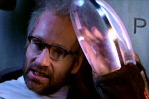 David Duchovny interpretó a J.P Prewett, modelo de manos que escapó de la horrible conspiración para matar líderes mundiales. Foto:Paramount. Imagen Por: