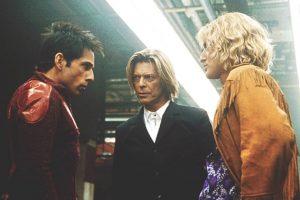 David Bowie actuó en la película como él mismo. Medió el duelo entre Derek y Hansel. Foto:Paramount. Imagen Por: