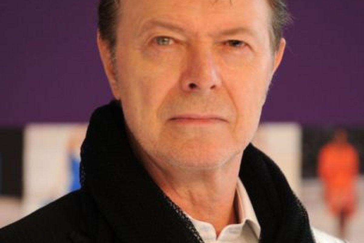 Bowie sigue cosechando éxitos en la industria musical. También ha sido un referente de moda y arte durante los últimos años. Foto:Getty Images. Imagen Por: