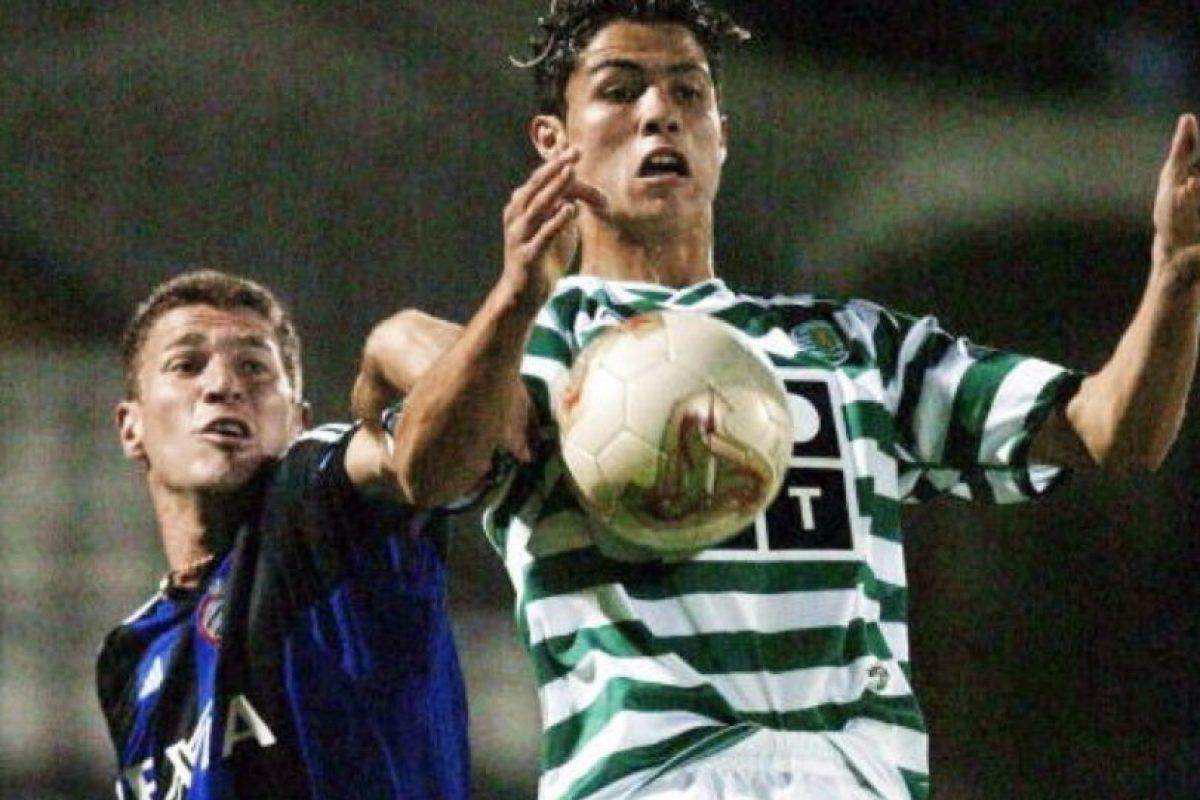 Con sólo 17 años comenzó a brillar con el Sporting tanto en la liga de Portugal, como en las competiciones europeas. Foto:Getty Images. Imagen Por:
