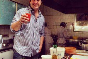 """""""Siempre es enriquecedor compartir experiencias y conocimientos con cocineros de distintos lugares del mundo."""" Foto:Facebook.com/guria.rest. Imagen Por:"""