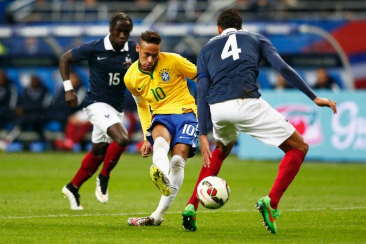 """""""Ney"""" ya suma 43 goles; se encuentra detrás de Pelé, Ronaldo, Romário y Zico Foto:Getty Images. Imagen Por:"""