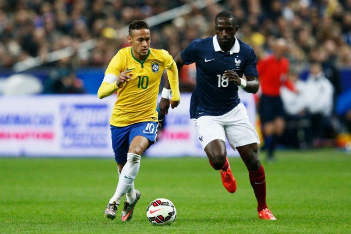 Y líder de la Selección de Brasil Foto:Getty Images. Imagen Por: