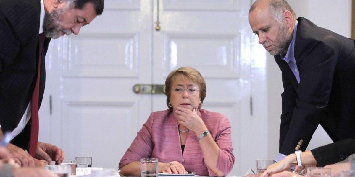 Fotos: Presidenta Bachelet encabeza Comité de Emergencia en La Moneda