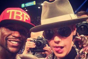 """Incluso Bieber se ha metido en problemas por defender """"a capa y espada"""" a Mayweather. Foto:Instagram @JustinBieber. Imagen Por:"""