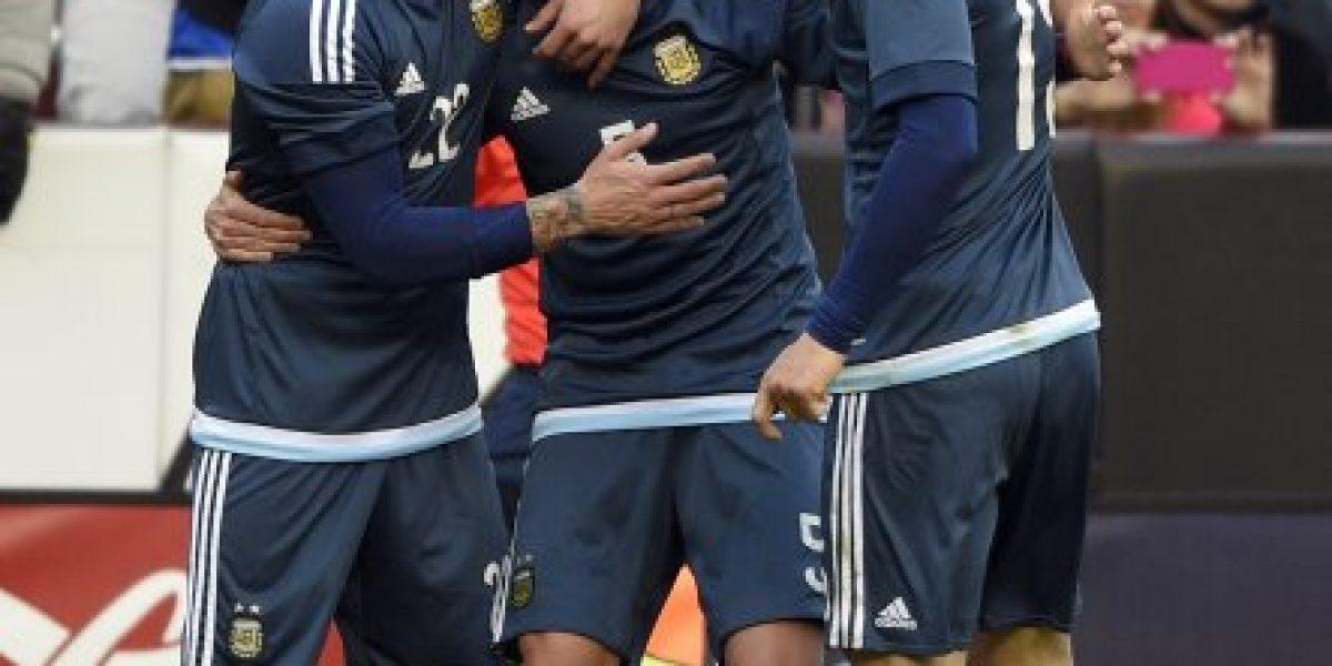 Fail: A la selección de El Salvador le cambiaron el himno en amistoso ante Argentina