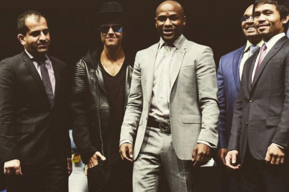 """El cantante canadiense ha sido un gran fanático de boxeo, lo que tuvo que ver en que naciera su amistad con """"Money"""". Foto:Instagram @JustinBieber. Imagen Por:"""