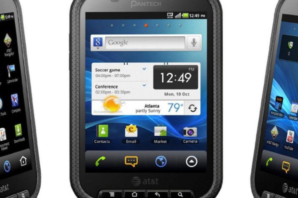 Pocket Pantech fue una muy mala idea de esta marca y AT&T. Su gran tamaño contrastaba con su nombre. Foto:Pantech. Imagen Por: