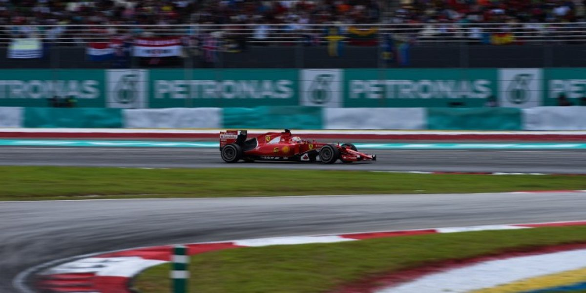 Vettel se queda con el GP de Malasia y le da su primera victoria a Ferrari desde 2013