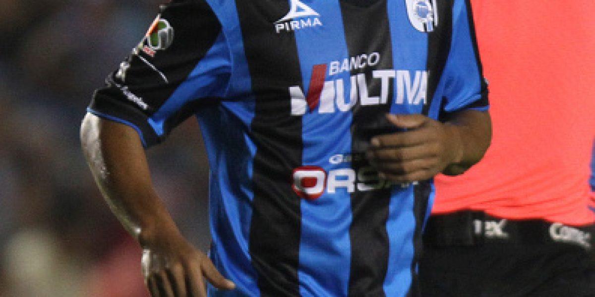 Ronaldinho presume en redes sociales su primer trofeo en México