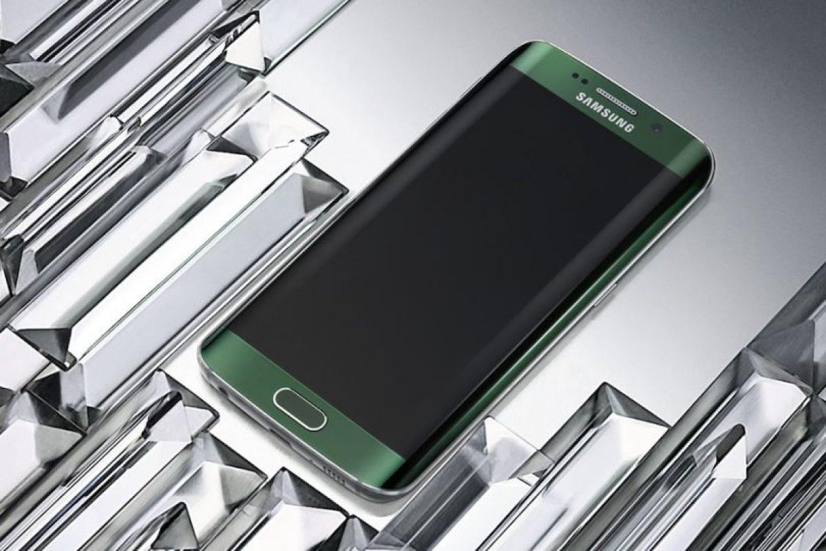 Está disponible en colores blanco perla, negro zafiro, dorado y verde esmeralda. Foto:Samsung. Imagen Por: