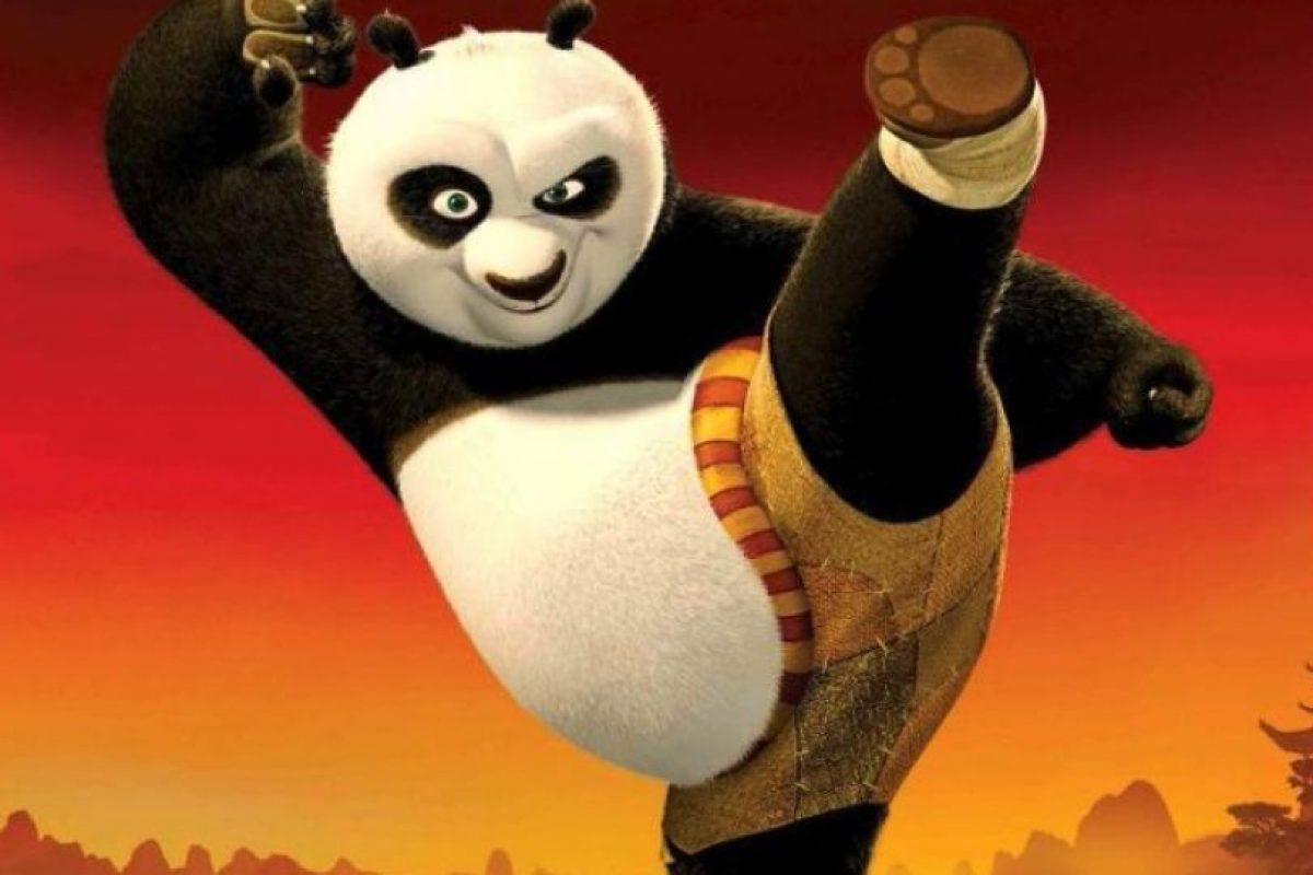 Po protagonizó la película Kun Fu Panda, que obtuvo mucha popularidad en el mundo. Foto:Twitter @PandaEnfadao. Imagen Por:
