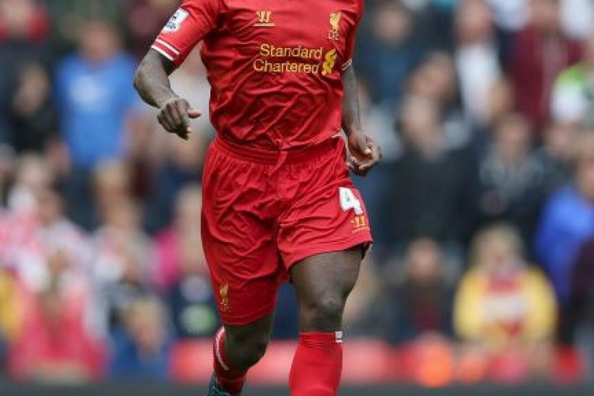 Kolo Touré. El futbolista de Costa de Marfil siempre debe ser el último en salir a la cancha Foto:Getty Images. Imagen Por: