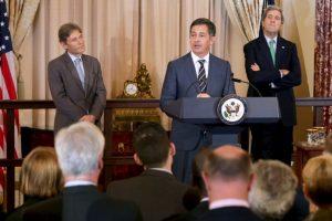 La comitiva estadounidense está encabezada por el Subsecretario de Estado, Tom Malinowski. Foto:Getty. Imagen Por: