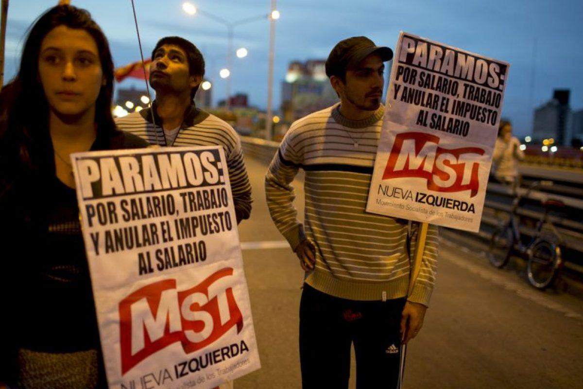 Los manifestantes iniciaron la movilización en la madrugada del martes. Foto:AP. Imagen Por: