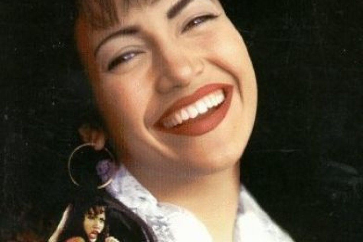 1.- Warner Bros planeaba ofrecer el papel de Selena a famosas no latinas Foto:IMDB. Imagen Por:
