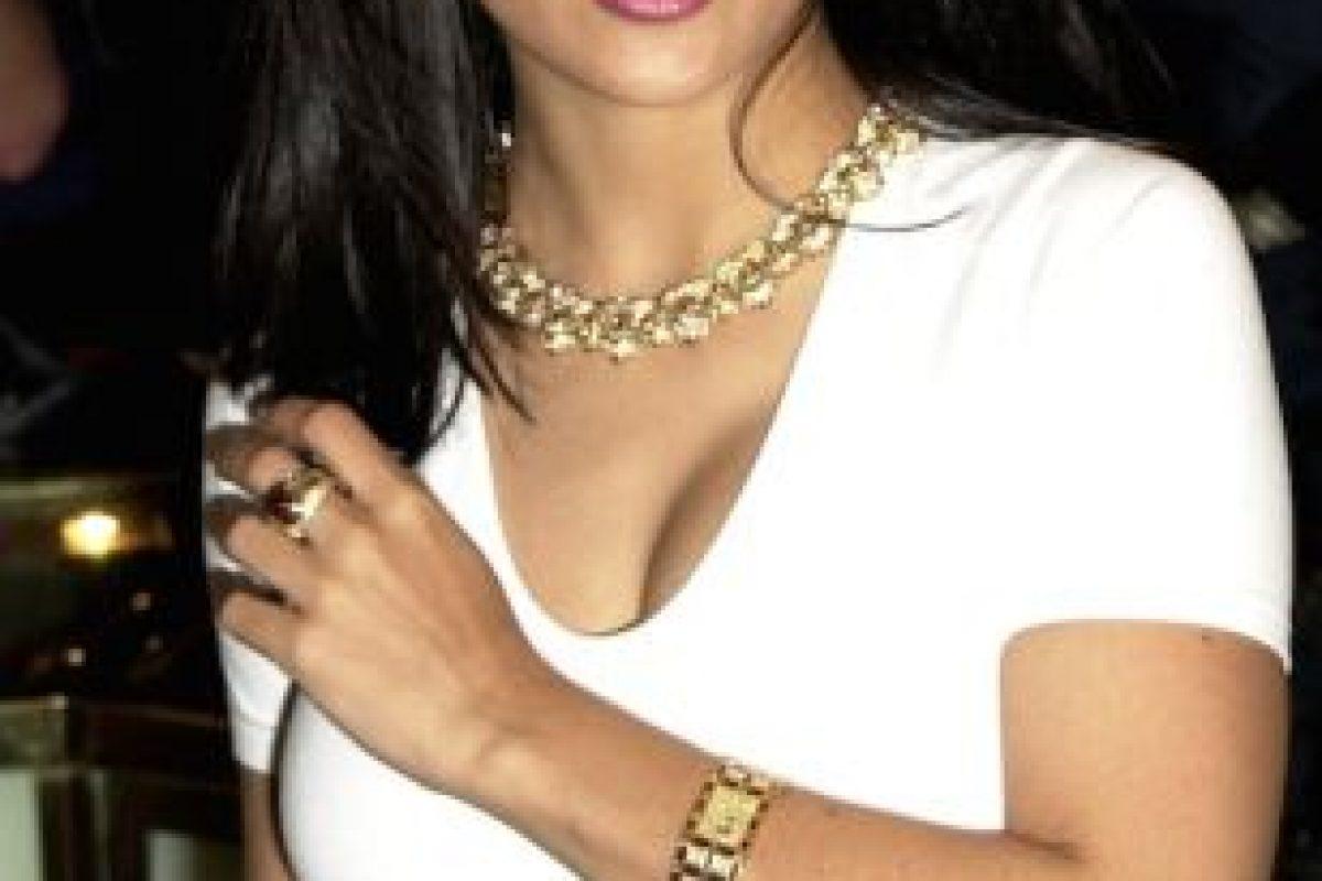 4.- Salma Hayek y la actriz mexicana Bibi Gaytan fueron candidatas al papel de Selena Foto:Getty Images. Imagen Por: