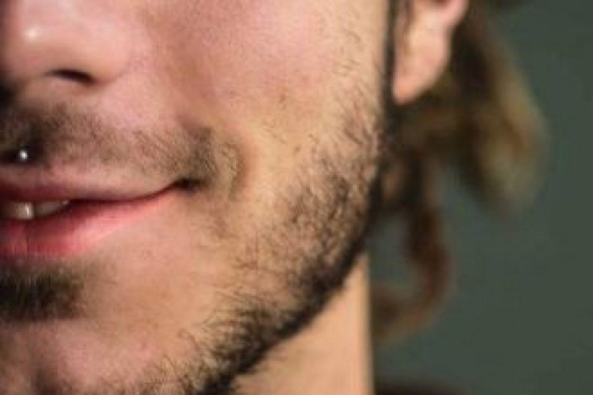 8. Cara cerca de la simetría facial perfecta. Foto:Tumblr.com/Tagged-hombre-ojos-azules. Imagen Por: