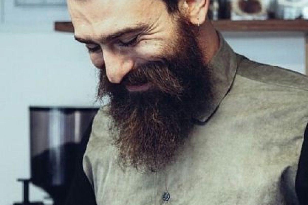 4. La prohibición se basa en razones prácticas, como que estorban cuando se usa una máscara antigas, o simplemente estética. Foto:Tumblr.com/tagged-barba. Imagen Por: