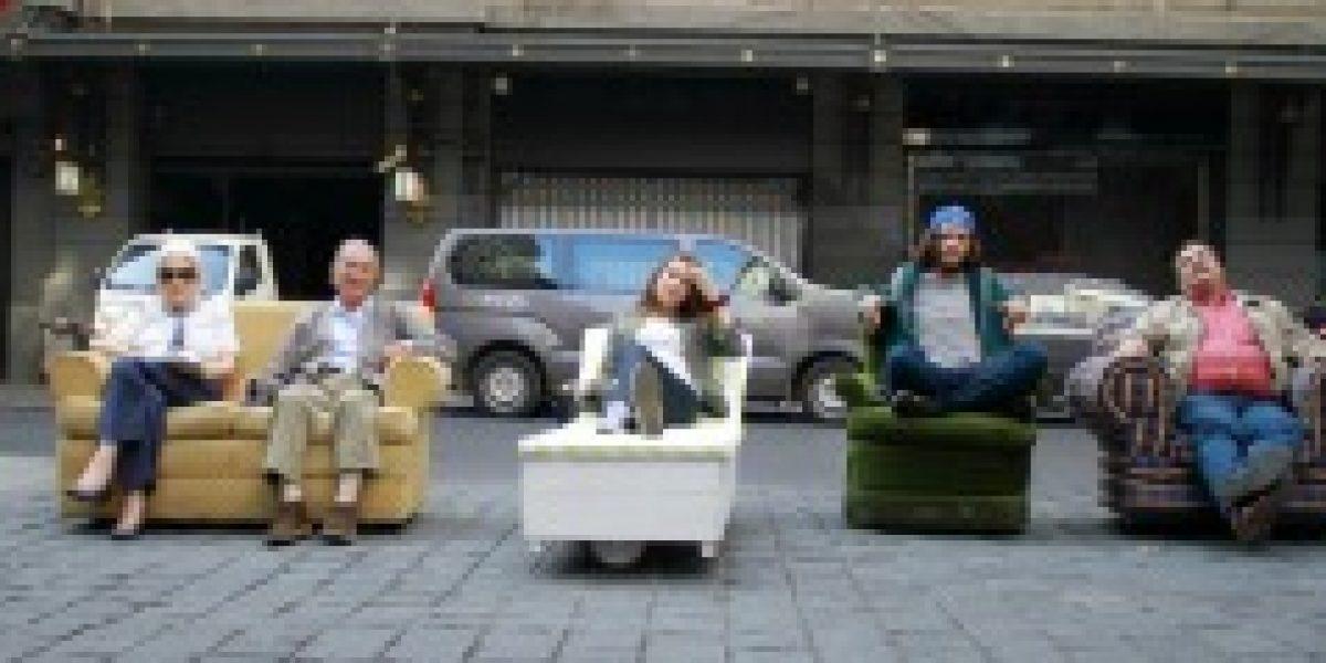 OJO: sillones de campaña publicitaria serán regalado por redes sociales
