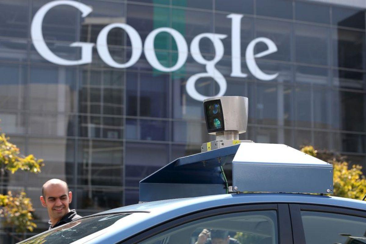 Los automóviles prototipo de Google han recorrido más de un millón de kilómetros en calles públicas, siempre con alguien listo para tomar el volante en caso de necesidad Foto:Getty Images. Imagen Por: