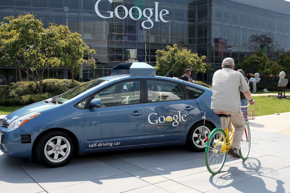 Este auto es capaz de conducir autónomamente por ciudad y por carretera, detectando otros vehículos, señales de tráfico, peatones, etc. Foto:Getty Images. Imagen Por: