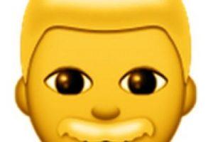 Para evitar confusiones con un niño, este emoji tiene un bigote que lo distingue como hombre. Foto:emojipedia.org. Imagen Por: