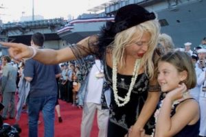 Sobre todo cuando Courtney Love acusó a Dave Grohl de tener una relación con ella. Foto:vía Getty Images. Imagen Por: