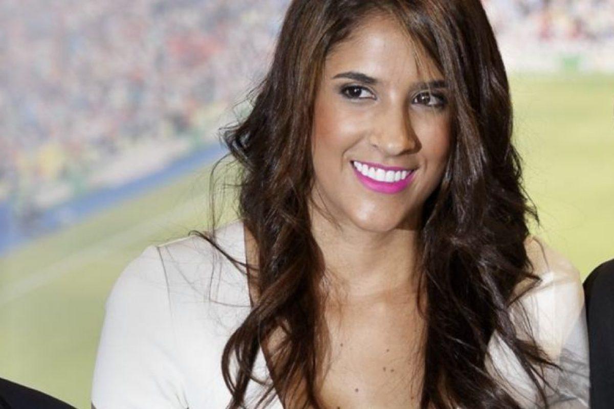 Este look, el de la polémica en España, habría hecho que Daniela optara con confiarle su imagen a la estilista Ana Antic. Foto:Vía instagram.com/daniela_ospina5. Imagen Por: