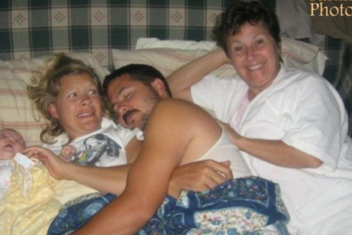 Hola… ¿mamá? Foto:Awkward Family Photos. Imagen Por: