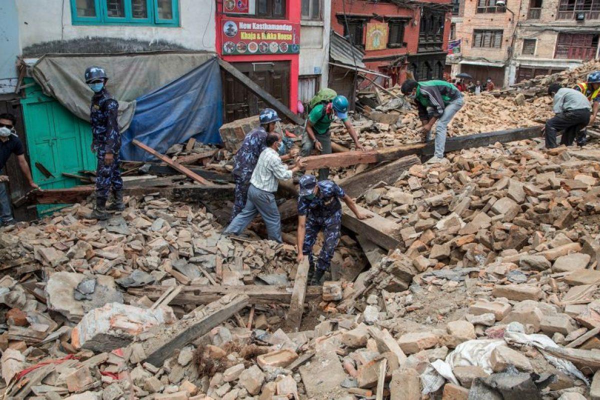 Tras el terremoto de magnitud 7.8 que sacudió Nepal se registraron casos de fiebre tifoidea. Foto:Getty Images. Imagen Por:
